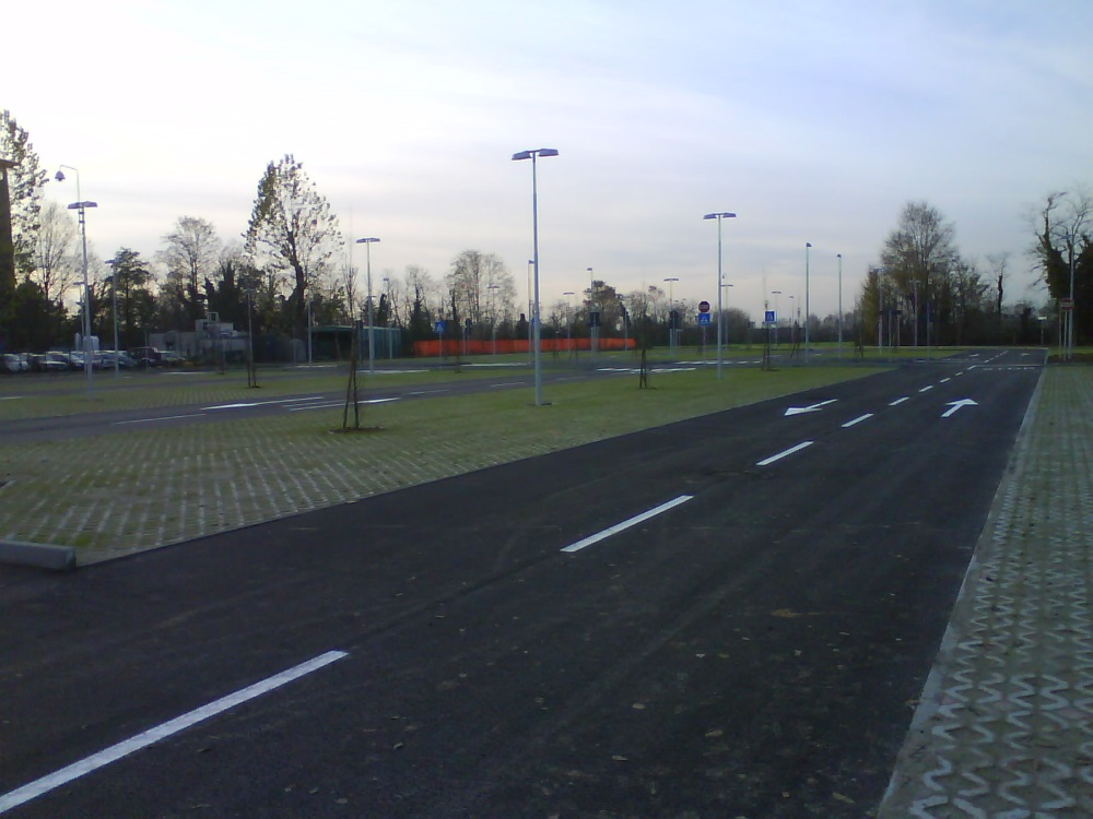 Osio Parking Zingonia